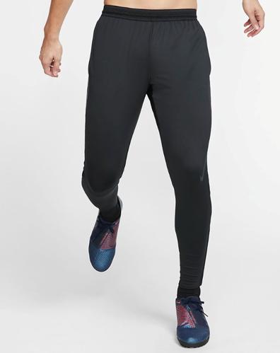 Produkter tagget med 'nike' Nava Sport Vi selger klær og