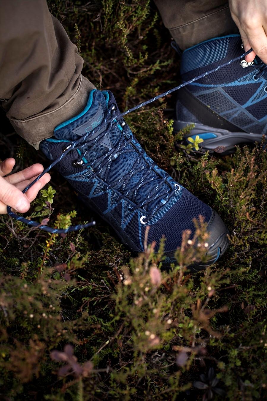 Bilde av CMP Tauri Mid Trekking WP Black Blue