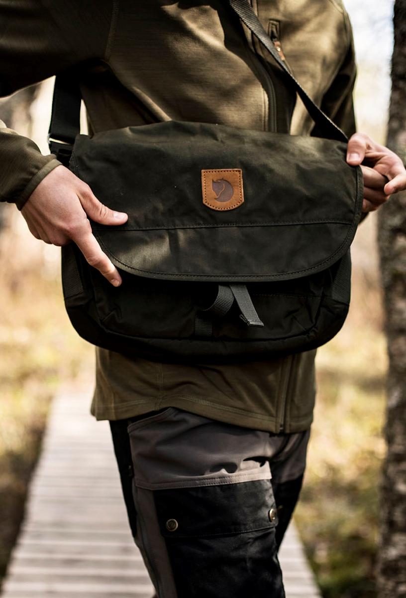 Bilde av Fjällräven  Greenland Shoulder Bag Small 662 Deep Forrest