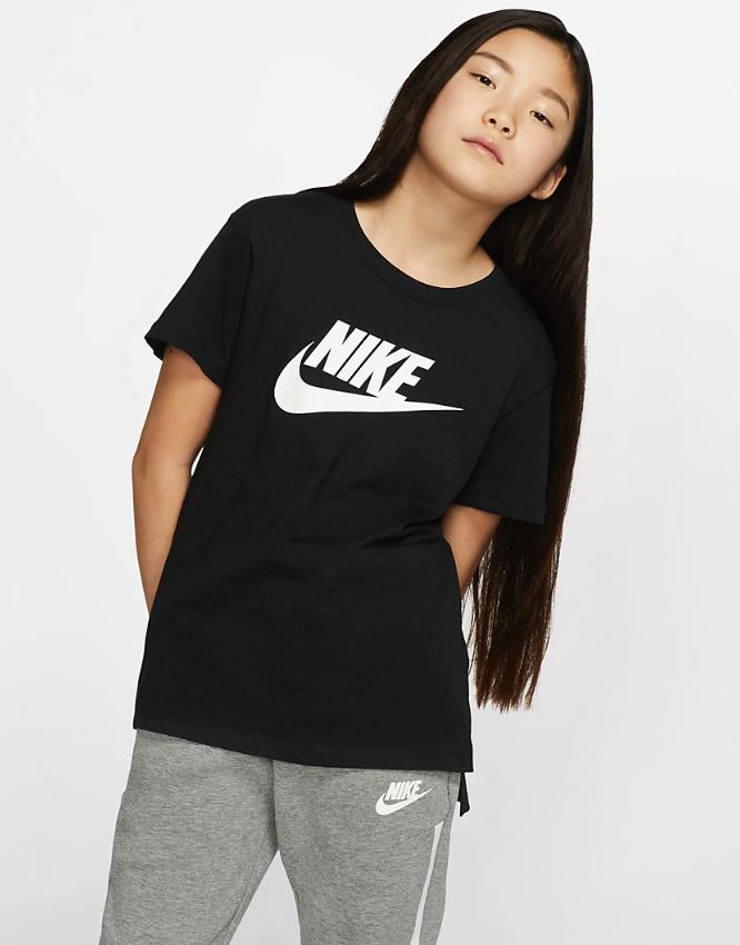 Bilde av Nike  G NSW TEE DPTL BASIC FUTURA AR5088-010