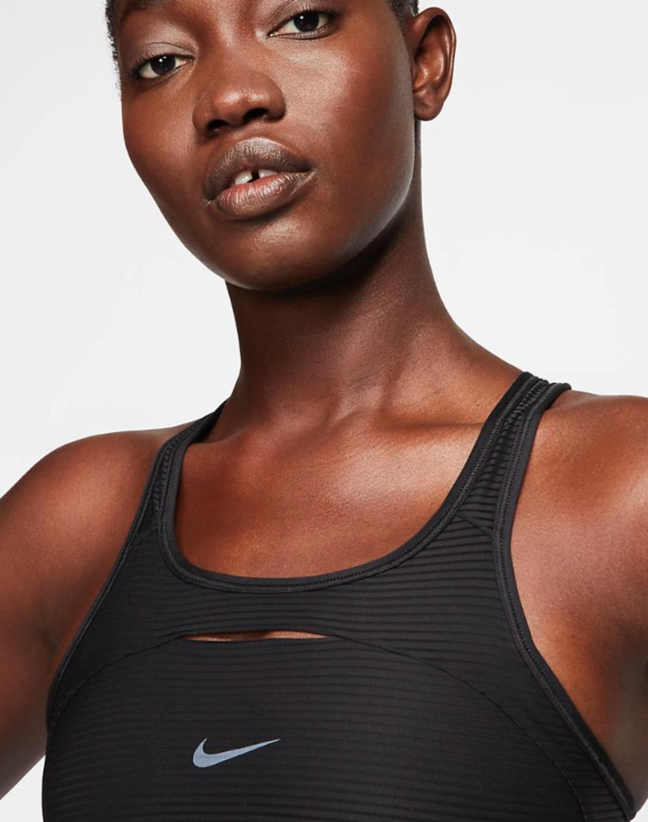 Bilde av Nike W top CJ0733-010