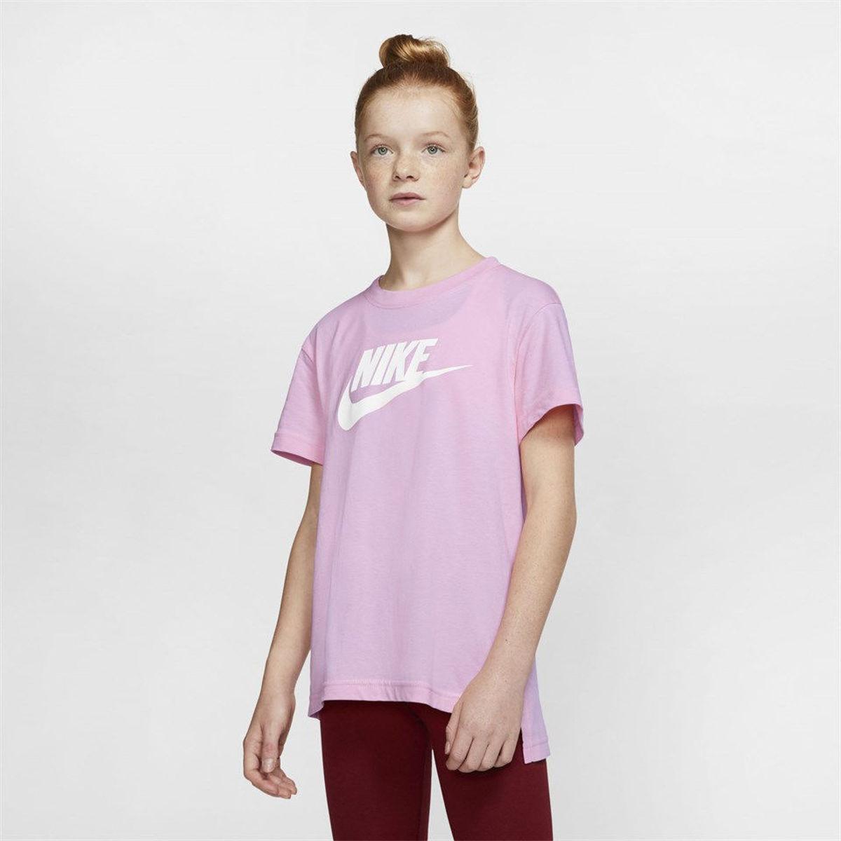 Bilde av Nike jr girls tee basic futura AR5088-676