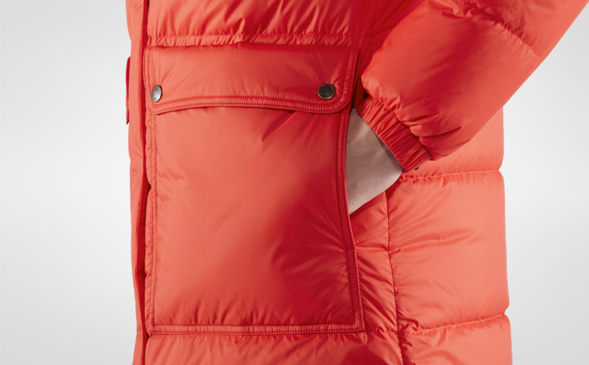 Bilde av Fjällräven  Expedition Long Down Parka W 334 True Red