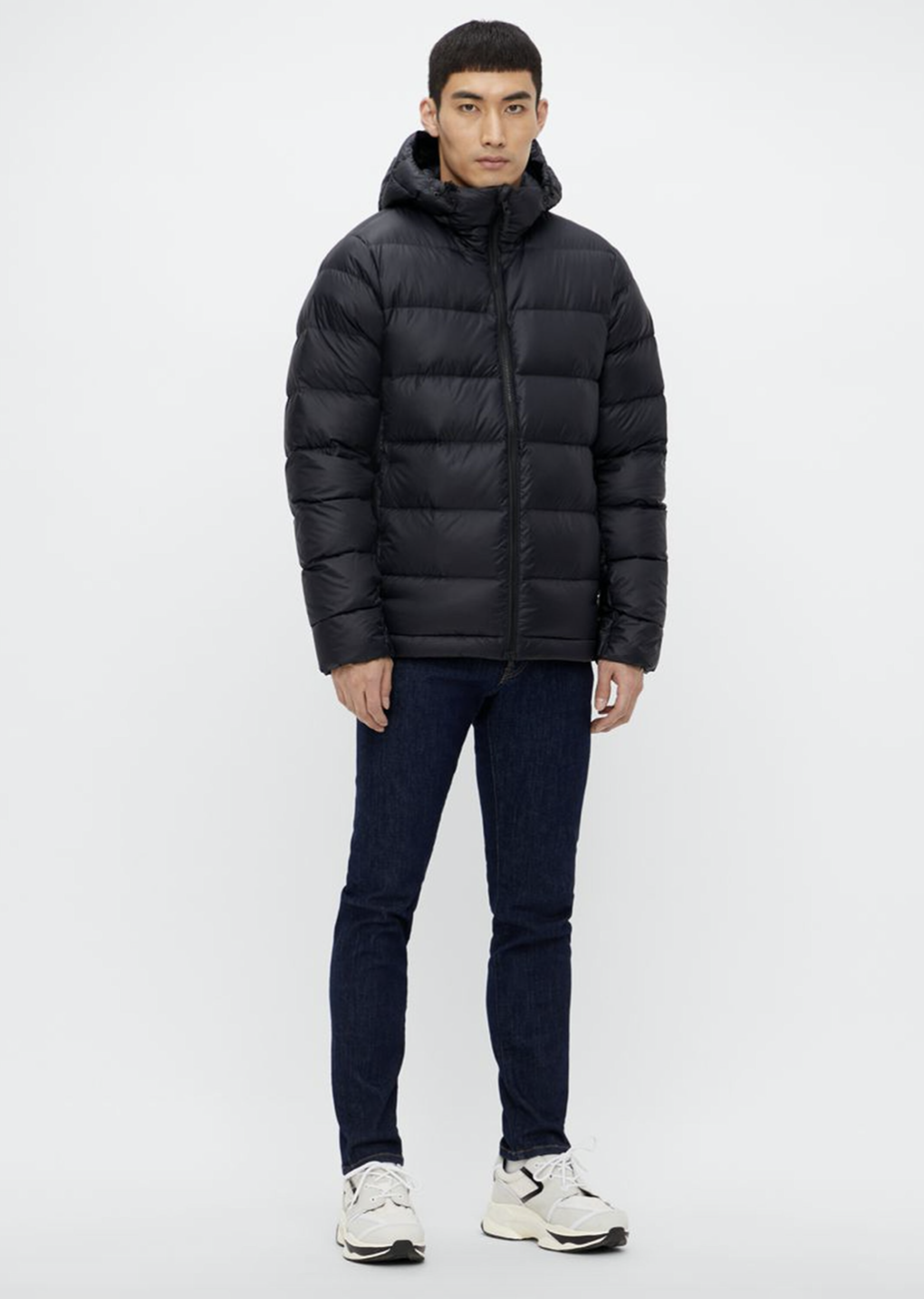Bilde av Lindeberg Ross down jacket SMOW02277 9999 black