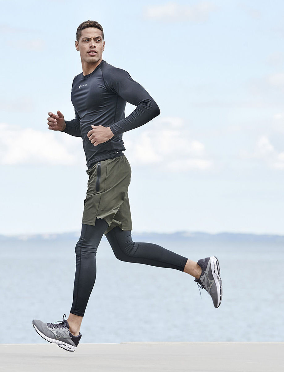 Bilde av Blag V2 Men hyper stretch shorts EV203330 3069 rosin