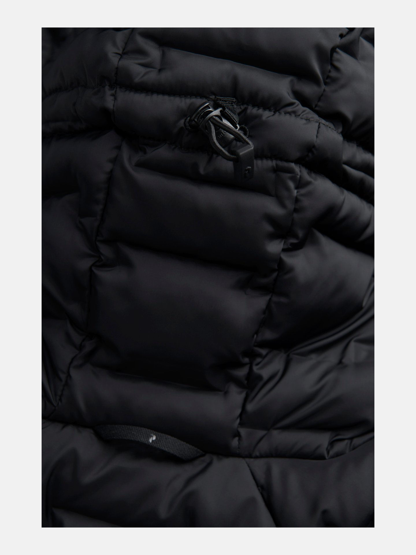 Bilde av Peak Performance  W Argon Light Hood Jacket 040 Black