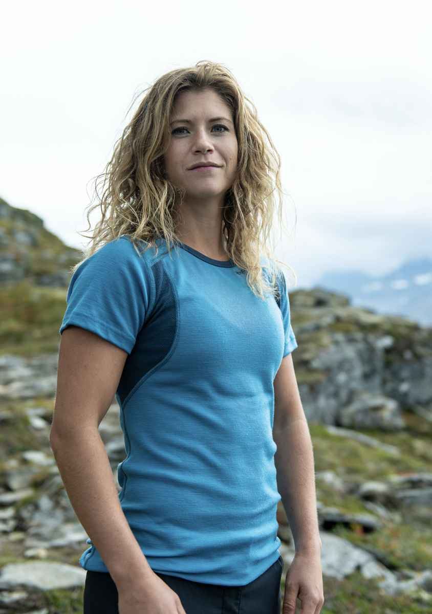 Bilde av Devold  Hiking Woman T-Shirt 203A Malibu/Skydiver