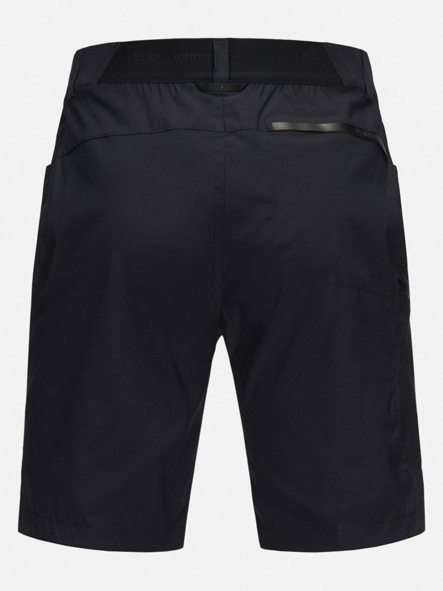 Bilde av Peak Performance  W Iconiq Long Shorts 030 Black