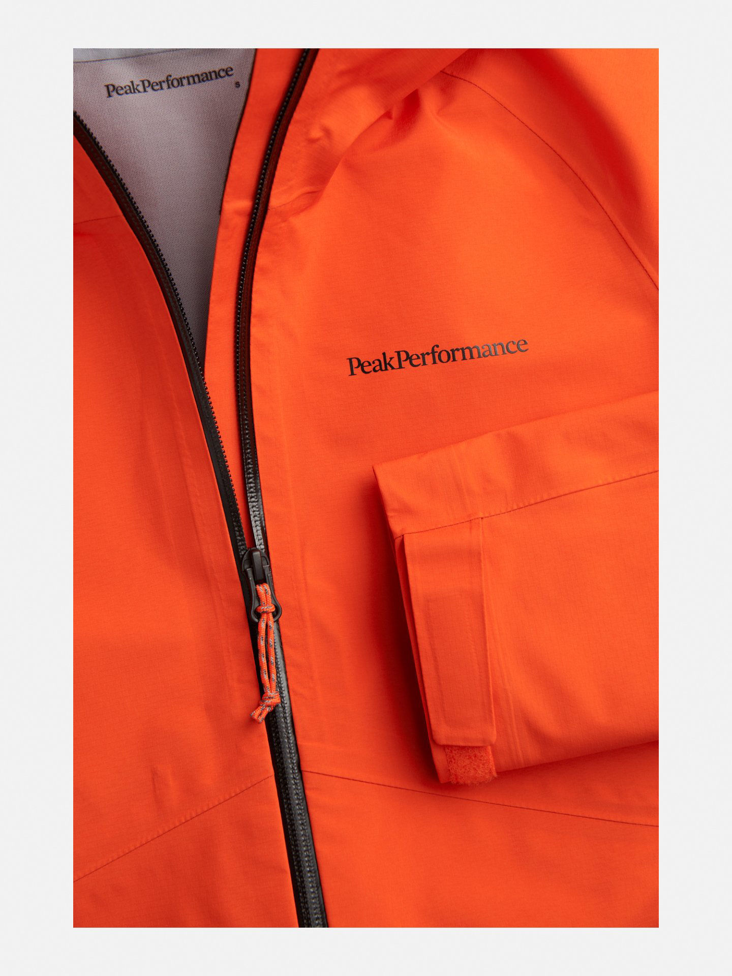 Bilde av Peak Performance  W Limit Jacket 010 Super Nova
