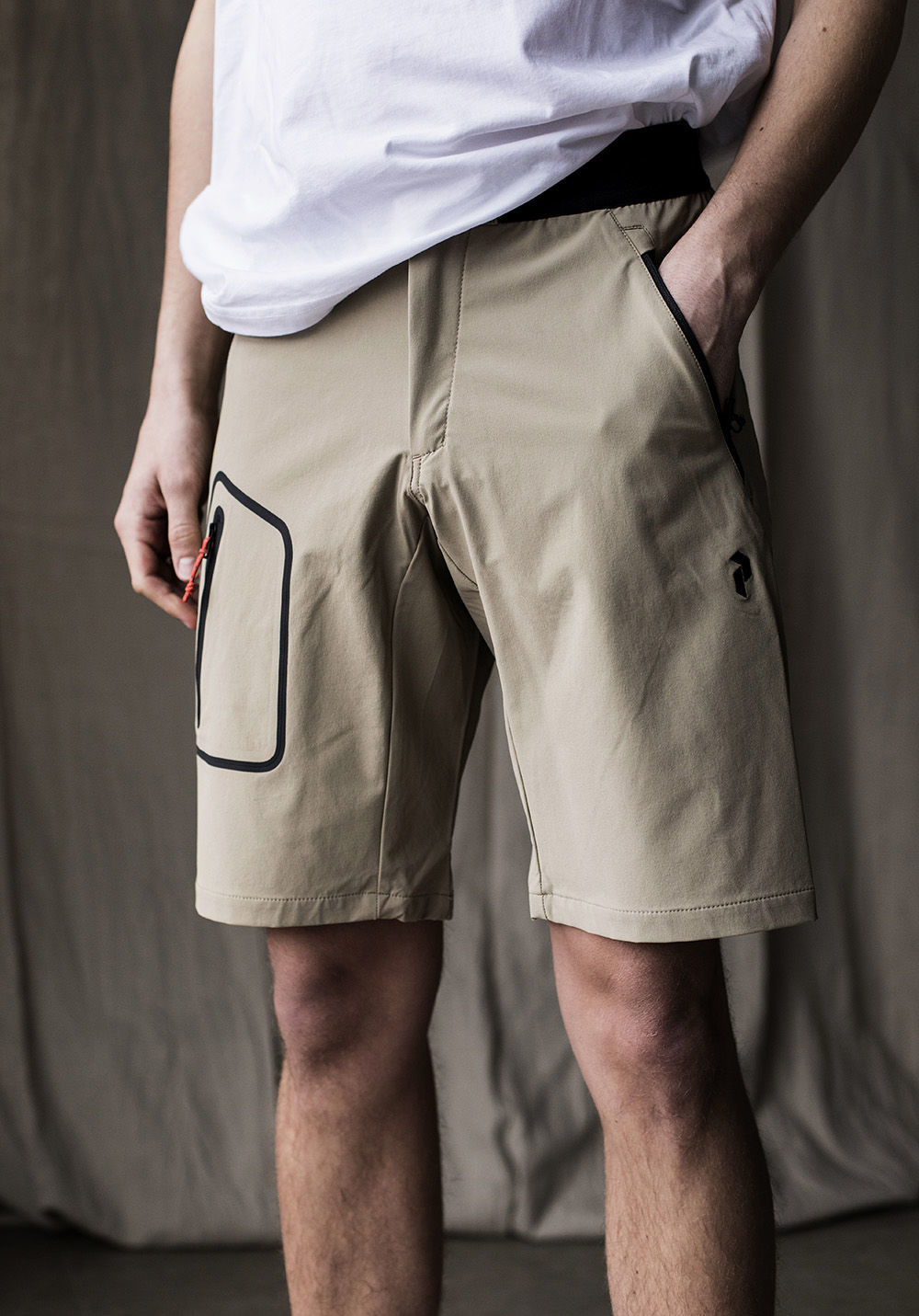 Bilde av Peak Performance  M Light Softshell Shorts 030 True Beige