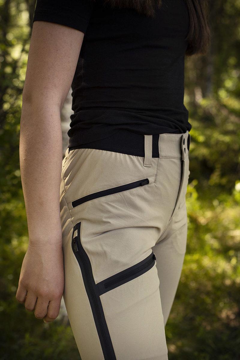 Bilde av Peak Performance  W Light Softshell V Pants 030 True Beige