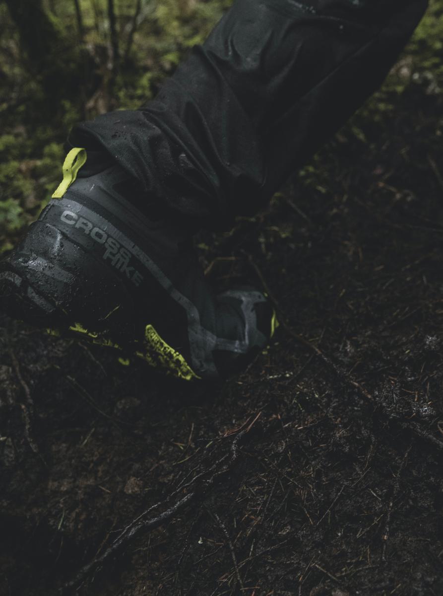 Bilde av Salomon  Cross Hike Mid 242 Magnet/Black/Lime Punch