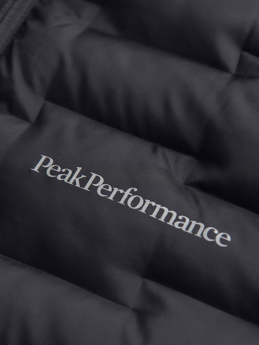 Bilde av Peak Performance  W Argon Hybrid Hood 030 Black