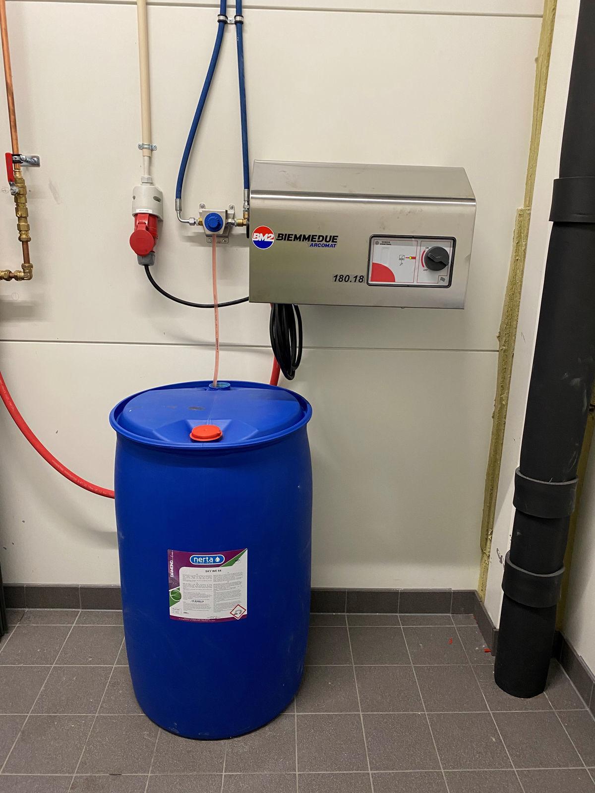Høytrykksvasker Stasjonær Kaldtvann 180 Bar. 18 Ltr  400 Volt 3-fas