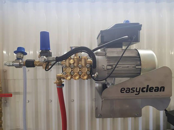 5,5 Kw Kaldtvann Motorpumpe med deksel og tilbehør 150Bar. - 21Ltr./min.  230/ 400 Volt 3-fas