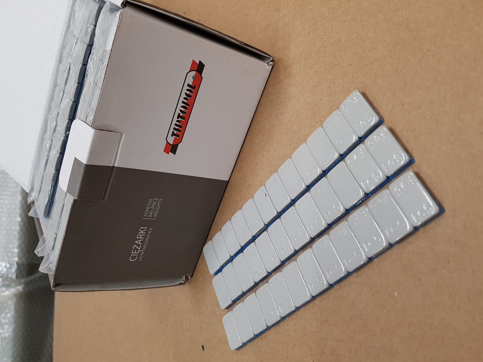 lodd  5 gr LIMING 12 pr strips stk 100 stk pr box 6 kg Grå fagre (TPALU- FE.1NTC )